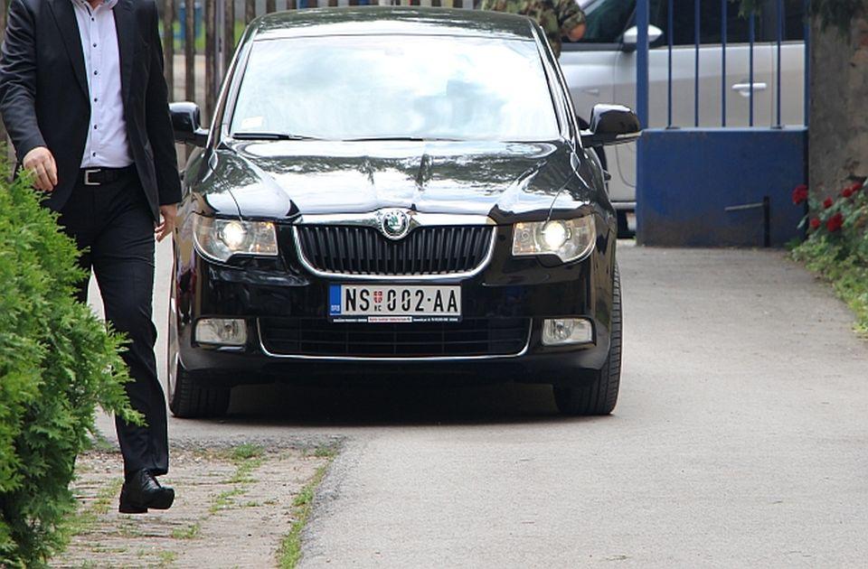 Grad ponovo smanjio sumu za zakup vozila, prvi tender nije uspeo