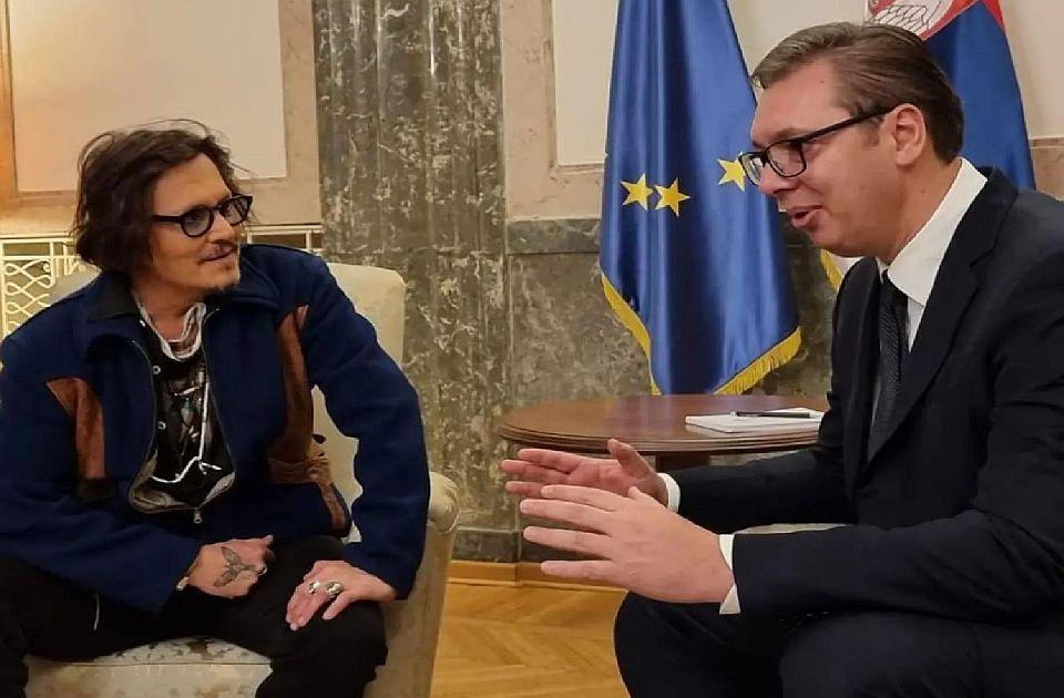 Doterane, marljive i ponižene: Uvredljiv i loš smisao za humor predsednika Srbije