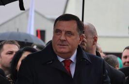Dodik se izvinio, tvrdi da je njegova izjava o prisluškivanju opozicije bila performans