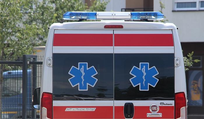 Petogodišnje dete povređeno u udesu na Telepu
