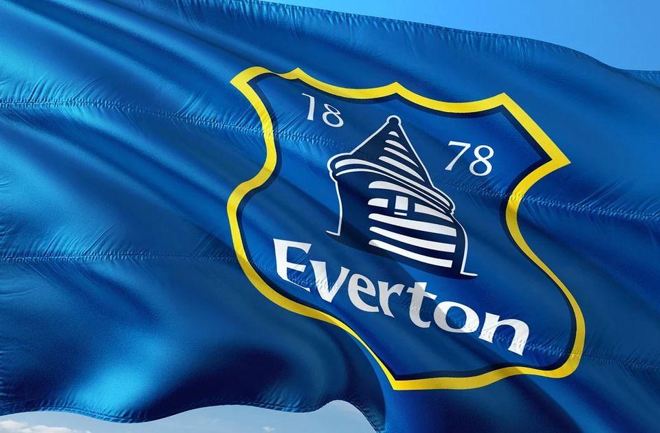 Fudbaler Evertona uhapšen zbog pedofilije