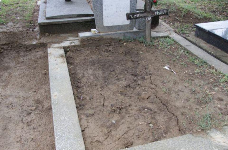 """""""Vaskrsenje"""" u Karlovcima: Sahranili člana porodice, kasnije nađen živ u Novom Sadu"""