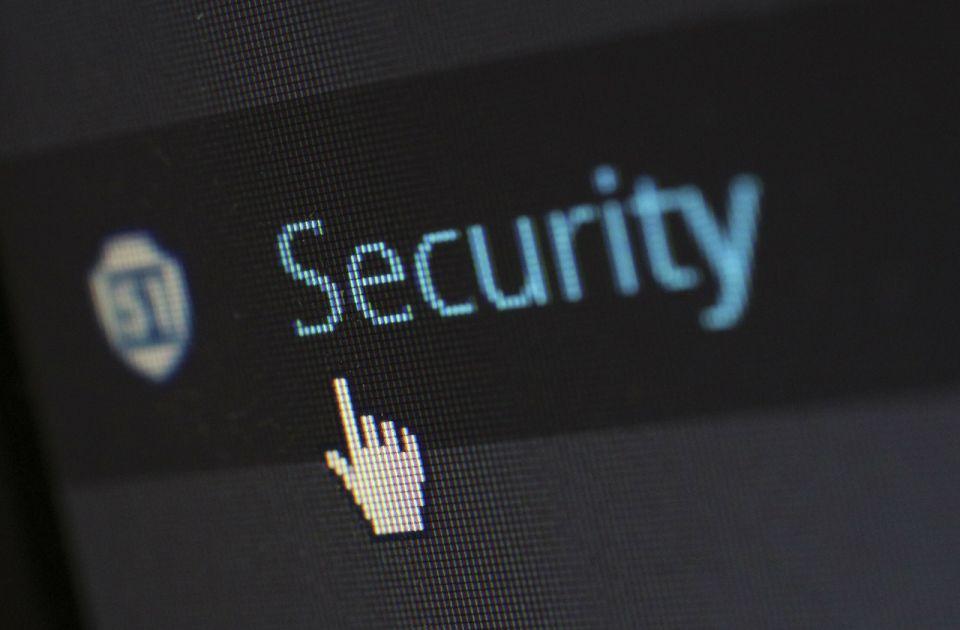 """Šta je softver """"Pegaz"""" kojim su špijunirani novinari, advokati i aktivisti širom sveta?"""