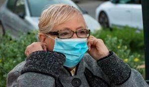 Pet saveta: Sprečite maglenje naočara dok nosite masku