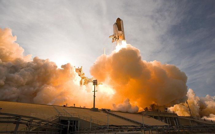 Prvi komercijalni let u svemir zakazan za 2022. godinu