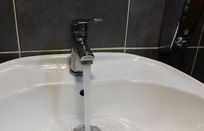 Deo Jevrejske i Ulica Vase Pelagića bez vode zbog havarije