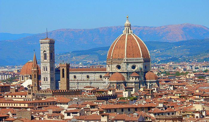 Otvorena katedrala u Firenci: Termin se rezerviše, posetiocima mere temperaturu