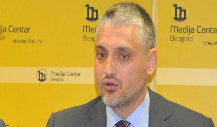 UNS: Jovanović da se izvini novinarima