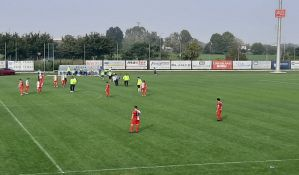 VIDEO: Lalatović isključen na prijateljskom meču protiv Breše, igrači napustili teren