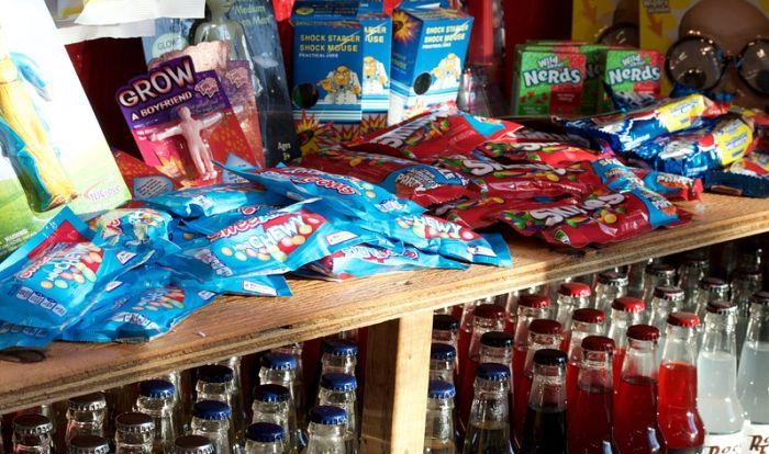 Britanski institut traži da svi slatkiši imaju bezličnu ambalažu