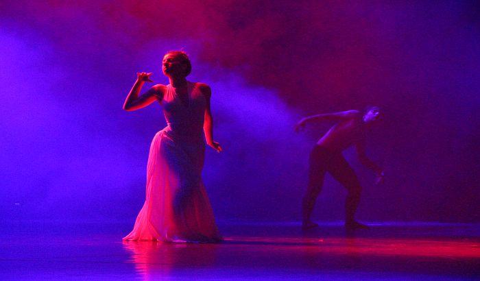 FOTO, VIDEO: Srpsko narodno pozorište dobilo novu rasvetu, audio i video opremu vrednu 75 miliona dinara