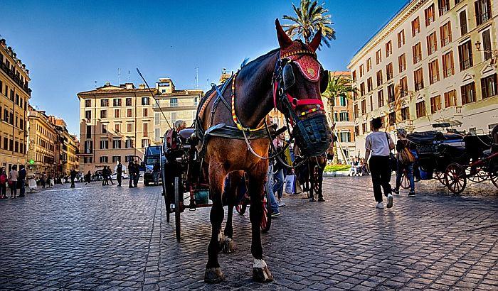 Rim zabranjuje kočije s konjima