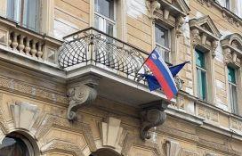 Slovenija u dva regiona probno otvara kafiće i restorane, srednjoškolci se vraćaju u klupe