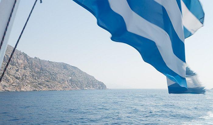 Grčka produžila zabranu ulaska stranih državljana