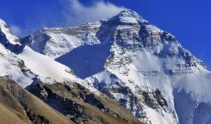Penju se na Mont Everest uprkos ekstremnim uslovima