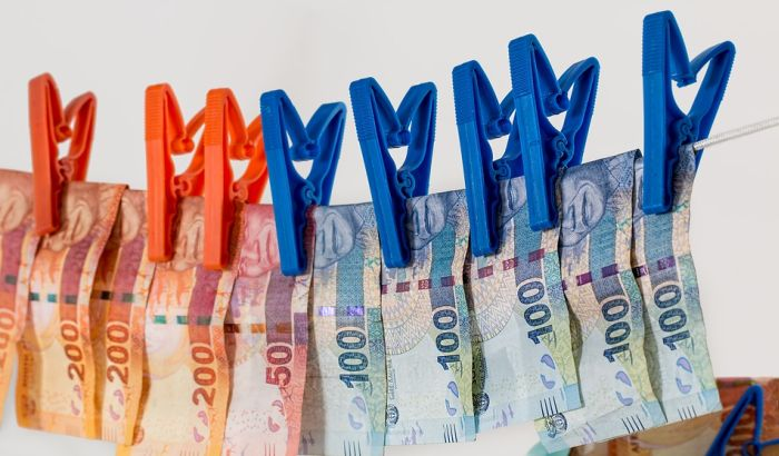 Novac se i dalje najčešće pere preko nekretnina i automobila