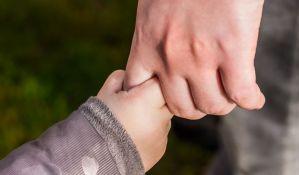Novosadskoj porodici potrebna pomoć kako bi rešili stambeno pitanje