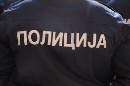 Stara Pazova: U kući držao arsenal oružja, ometač signala, delove policijske uniforme...