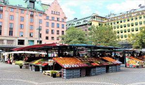 I Švedska uvodi strože mere, ali bez zatvaranja škola i restorana