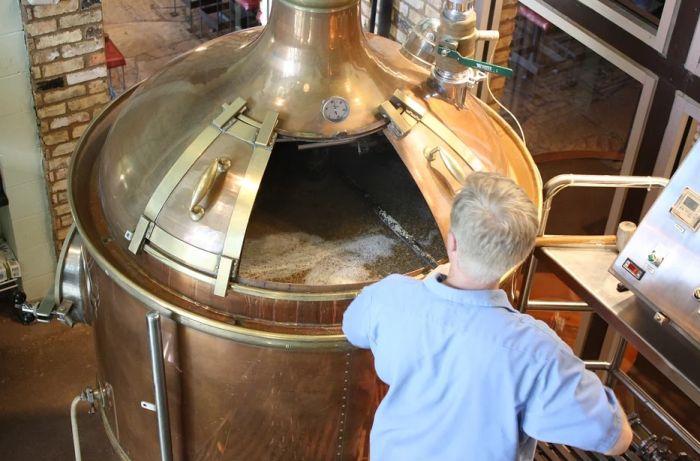 Pivari pokrenuli akciju za spas 615 hiljada litara piva tokom pandemije