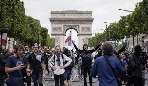 Više od 150 osoba privedeno u Parizu posle vojne parade