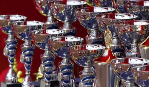 Kupovina navodnih priznanja sa Oksforda sve popularnija među lokalnim funkcionerima u Srbiji