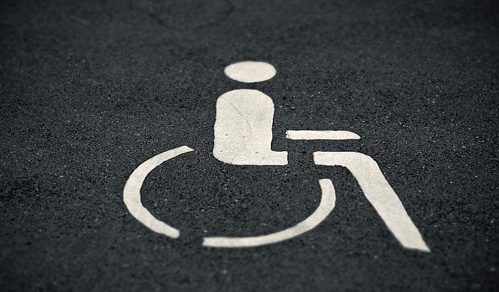 Izdavanje novih nalepnica za vozila osoba sa invaliditetom od sredine januara