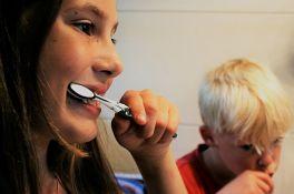 Besplatni zdravstveni pregledi povodom Dana oralne higijene i Dana borbe protiv raka dojke