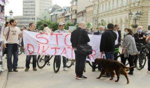 FOTO, VIDEO: Protest opozicije