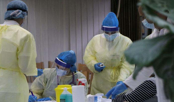 Počelo vakcinisanje zaposlenih u novosadskom domu zdravlja, prioritet medicinari iz kovid centra