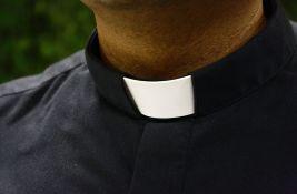 Sveštenici umešani u trećinu slučajeva pedofilije u Poljskoj
