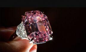 Roze dijamant prodat za više od 50 miliona evra