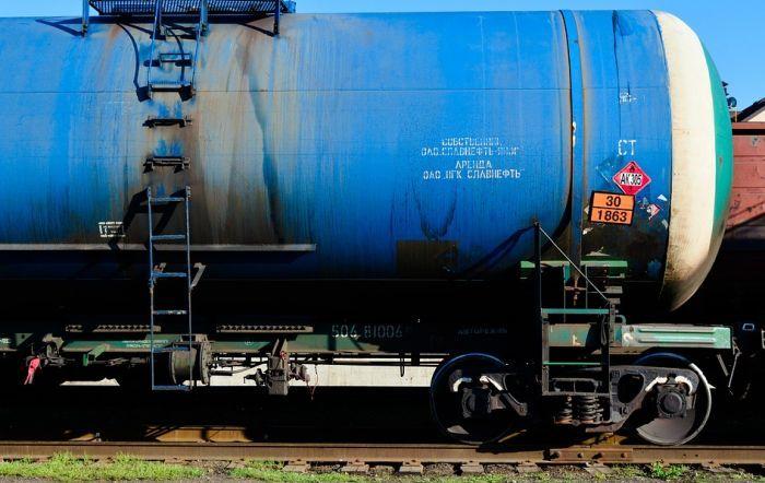 Prevrnuo se vagon sa sumpornom kiselinom kod Jagodine, primećeno curenje