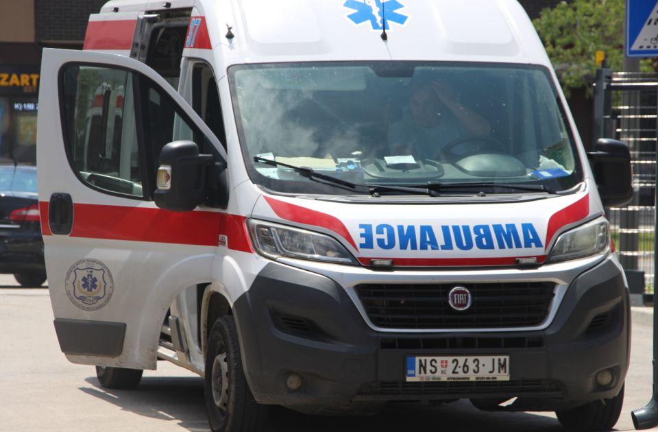Automobil udario dvogodišnje dete kod Mosta slobode, četvoro dece povređeno u tri udesa