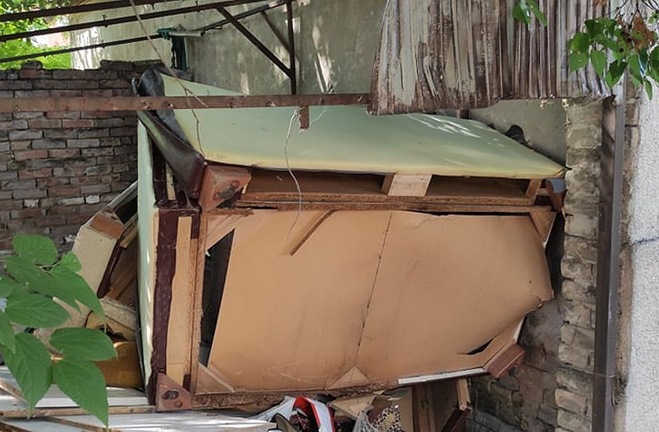 FOTO: Deponija na Telepu izazvala sumnju stanara u rad Čistoće