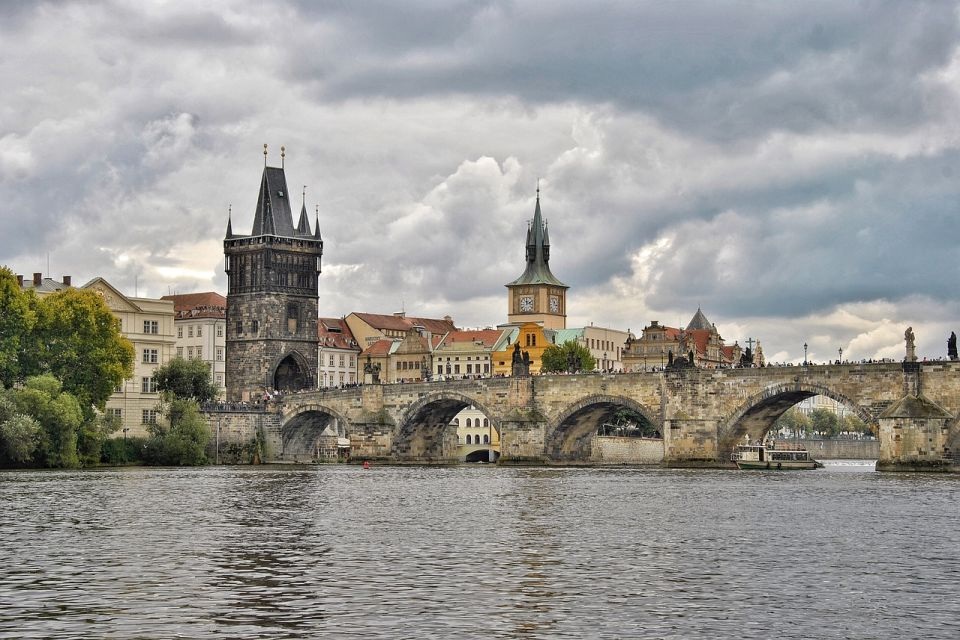 Češka: Vakcinisani dobijaju dva dodatna slobodna dana