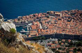 More kod Dubrovnika zagađeno fekalijama