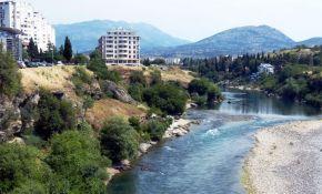 Crna Gora zabranila velike političke skupove zbog korone
