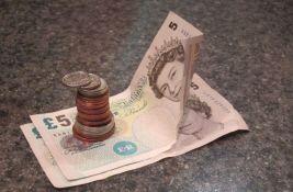 Šefovi u Velikoj Britaniji neće smeti da uzimaju bakšiš ostavljen radnicima