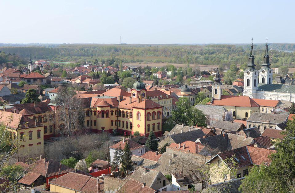 U Sremskim Karlovcima izmena saobraćaja zbog prenosa moštiju