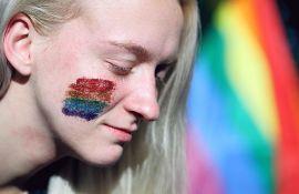 Podrška roditeljima da se ne odriču dece zbog seksualne orijentacije