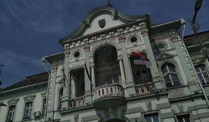 U Zrenjaninu pooštrene mere, zabranjeni skupovi i okupljanje više od pet osoba