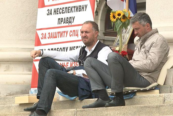 Boško Obradović i Ivan Kostić prekinuli štrajk glađu