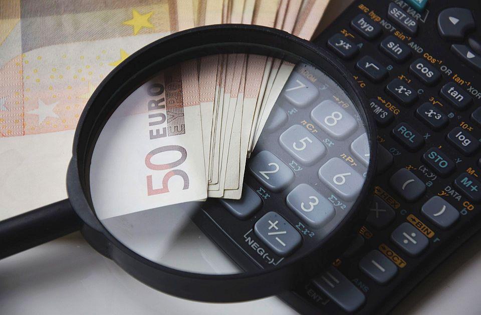 Javni dug Srbije u aprilu bio 55 odsto BDP-a