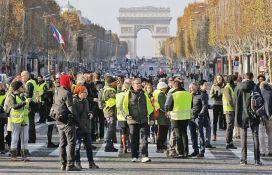 Vozači nezadovoljni povećanjem cene goriva blokiraju skladišta nafte u Francuskoj