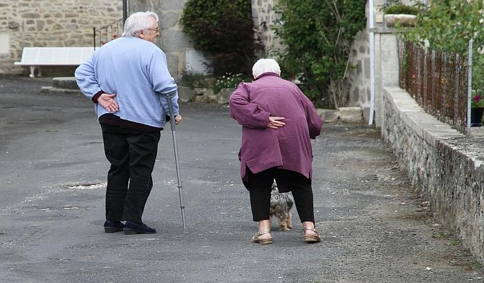 Jednokratna pomoć penzionerima pred praznike verovatno će izostati