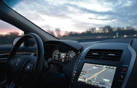 Proizvođači forsiraju ekran na dodir, iako ga vozači baš i ne vole