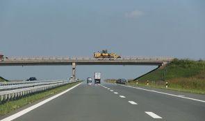 Na nadvožnjaku na putu Novi Sad - Srbobran autobusom usmrtio pešaka