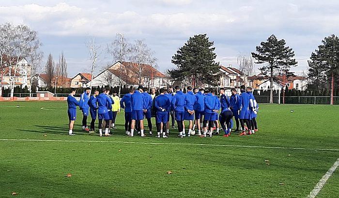 Igrači Voše ne žele da vide upravu, Vučević kaže da će grad pomoći i da više nikad neće otići na utakmicu