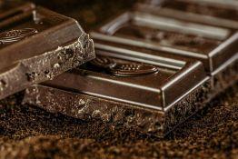 Potražnja za čokoladom smanjena zbog pandemije, propadaju tone najkvalitetnijeg kakaa